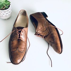 VTG Salvatore Ferragamo Wingtip Tan Leather Oxford